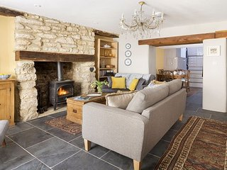 Lovely House with Internet Access and Satellite Or Cable TV - Nailsworth vacation rentals