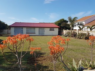 Comfortable 2 bedroom Hartenbos House with Satellite Or Cable TV - Hartenbos vacation rentals