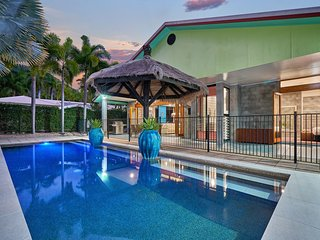 Salty Souls Palm Cove 4 King Bedrooms Private Pool - Palm Cove vacation rentals