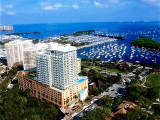 Deluxe Studio, with Coconut Grove views - Coral Gables vacation rentals