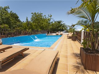 Holiday cottage with shared pool - 1 - Chilanga vacation rentals