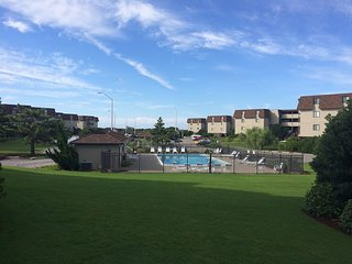 2 bd/2 ba condo steps from the beach and pool! - Atlantic Beach vacation rentals