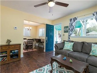 Charming 2 bedroom Paso Robles House with Internet Access - Paso Robles vacation rentals