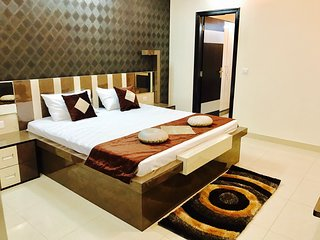 Private 3 Bedroom Serviced Apartment in Jaipur - Jaipur vacation rentals