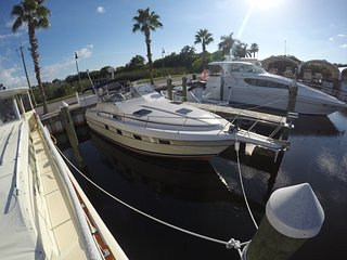 36ft Cruisers Yachts Liveaboard - Tierra Verde vacation rentals