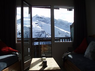 Apartment with one room in Avoriaz, with wonderful mountain view, balcony and WiFi - 150 m from the slopes - Avoriaz vacation rentals
