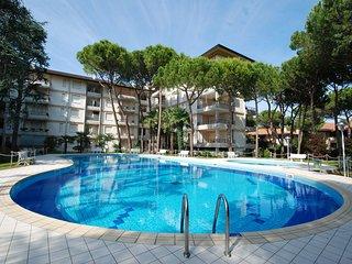 Romantic 1 bedroom Lignano Riviera Apartment with Television - Lignano Riviera vacation rentals