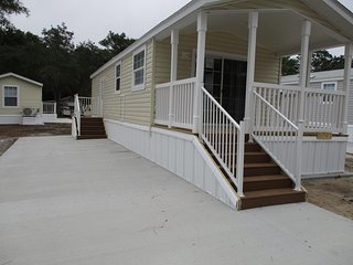 One Bedroom Cottage in Red Oaks Resort, Bushnell - Bushnell vacation rentals