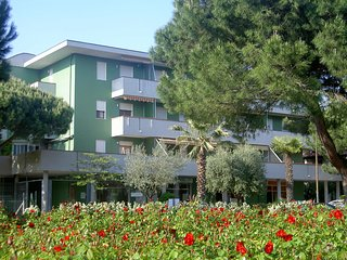 Nice Condo with Television and Balcony - Lido di Spina vacation rentals