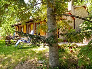 Bright 2 bedroom House in Camerino with Television - Camerino vacation rentals