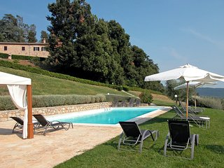 Nice House with Internet Access and Shared Outdoor Pool - Gambassi Terme vacation rentals