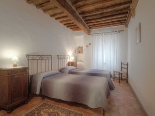 Beautiful House with Internet Access and Shared Outdoor Pool - Volterra vacation rentals