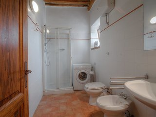 Beautiful 3 bedroom House in Volterra with Internet Access - Volterra vacation rentals