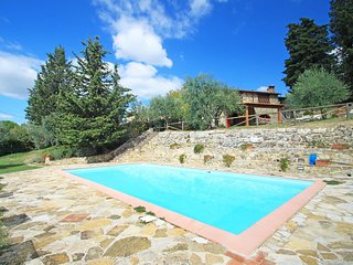 Beautiful 3 bedroom House in Badia a Passignano with Internet Access - Badia a Passignano vacation rentals