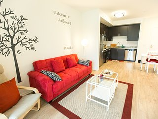 Luxury 2b2b Apt/Great view of Hollywood sign - West Hollywood vacation rentals