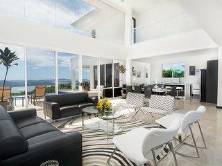 Beautiful 5 bedroom House in Playa Potrero - Playa Potrero vacation rentals