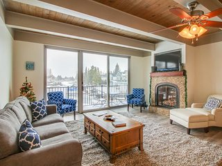Remodeled waterfront condo w/ shared pool, hot tub - your own private dock! - South Lake Tahoe vacation rentals