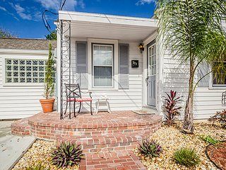 Steps to the Ocean-3Br 2Br-Hot Tub!/Free beach bikes/ From $100 night/ - Daytona Beach vacation rentals