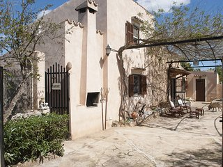 4 bedroom House with Internet Access in Sant Vicent de sa Cala - Sant Vicent de sa Cala vacation rentals
