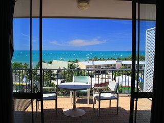1 Bedroom Ocean View Suite - 20 - Airlie Beach vacation rentals
