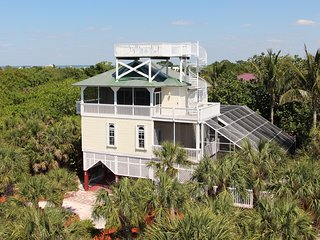 Upscale Beach View Home:  4 Bdrm / 3 Bath, Pool, Spa, Elevator, Steps To Beach - North Captiva Island vacation rentals