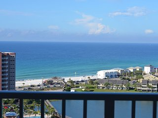 Gorgeous 17th floor view, close private beach proximity, the perfect getaway! - Miramar Beach vacation rentals