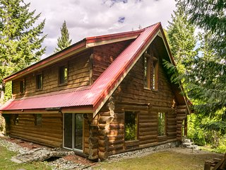 Enchanted Pemberton Log Cabin and Pooh Forest - Pemberton vacation rentals