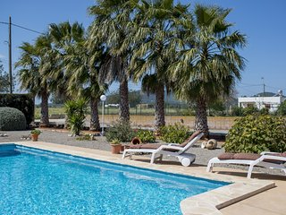 Lovely countryside house with pool, 5 mins to town and beautiful beaches - Santa Eulalia del Rio vacation rentals