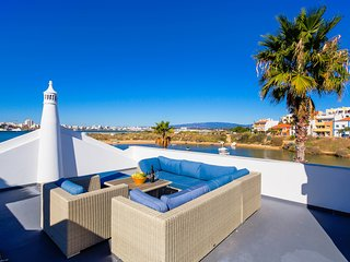 Charming House with Internet Access and Wireless Internet - Ferragudo vacation rentals