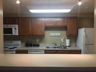 Cozy 2 bedroom condo close to NIST, NIH, and Metro Station - Gaithersburg vacation rentals