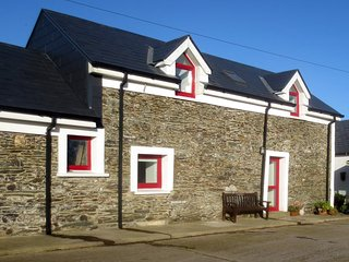 Perfect Cottage with Washing Machine and Television - Kinsale vacation rentals