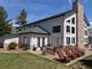 Stunning lakefront Home on Houghton Lake, MI - Prudenville vacation rentals