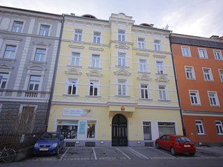 Cozy Innsbruck Apartment rental with Internet Access - Innsbruck vacation rentals