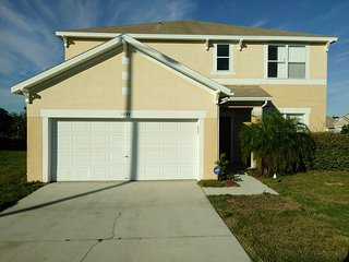 Beautiful Vacation Home, Private Room Twenty min. from Disney!! - Dundee vacation rentals