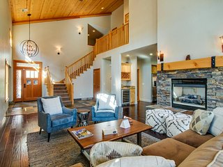 Modern and elegant townhome close to skiing, golf, and downtown Truckee! - Truckee vacation rentals