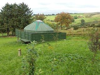 Heddwch Y Mynydd, Blanca Yurts, Llanllwni, Carmarthenshire - Llanllwni vacation rentals