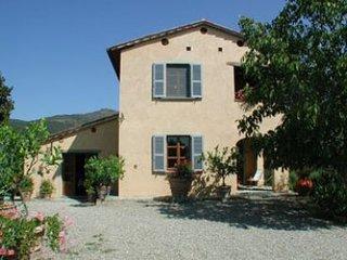 4 bedroom Villa in Cortona, Tuscany, Italy : ref 2020434 - Castiglion Fiorentino vacation rentals