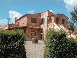 7 bedroom Apartment in Foiano Della Chiana, TUSCANY, Italy : ref 2244505 - Foiano Della Chiana vacation rentals