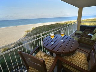Two Bedroom, Two Bath Gulf front Luxury condo. - Madeira Beach vacation rentals