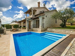 3 bedroom Villa in Vizinada, Istria, Croatia : ref 2373843 - Vizinada vacation rentals