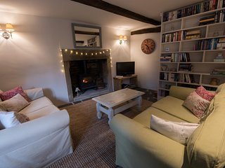 2 bedroom Cottage with Internet Access in Heptonstall - Heptonstall vacation rentals