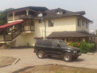 Safe and quiet 2-bedroom apartment Lakka, Freetown - Freetown vacation rentals