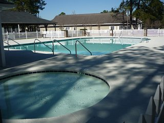 Charming 2 Bed Condo 6 mile to Beach pet friendly safe area for walking your dog - Myrtle Beach vacation rentals