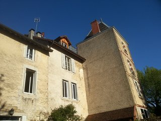 Cozy 2 bedroom Lons-le-Saunier House with Washing Machine - Lons-le-Saunier vacation rentals