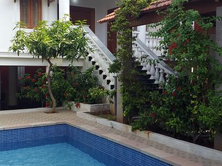 Bright Villa in Auroville with A/C, sleeps 12 - Auroville vacation rentals