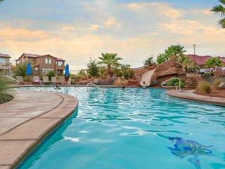 Great views, shared pool & hot tub, beautifully decorated - Santa Clara vacation rentals