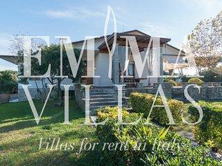 Convenient 4 bedroom Villa in Cinquale with DVD Player - Cinquale vacation rentals
