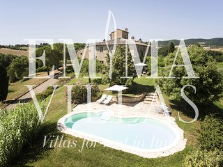 Lovely Villa with Internet Access and DVD Player - Torrita di Siena vacation rentals
