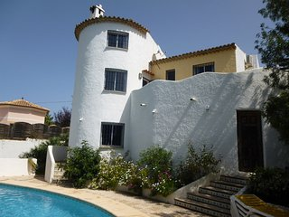 Tranquil Villa Montgo with large pool- stunning mountain  walks - Denia vacation rentals