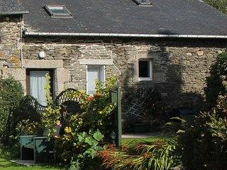 Roscoat, Géorgie, delightful gite in Central Brittany - Mael-Carhaix vacation rentals